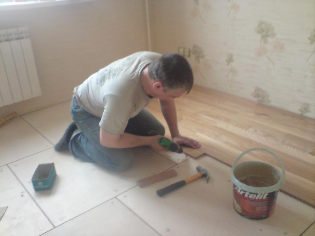 Для восстановления плиточного покрытия, вам необходимо приобрести достаточное количество облицовочной плитки